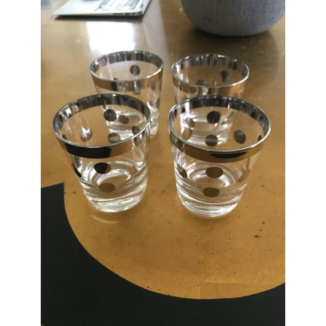 Dorothy Thorpe Polka Dot Silver Glasses Dorthy Thorpe Style - Set of 8 For Sale - Image 4 of 9