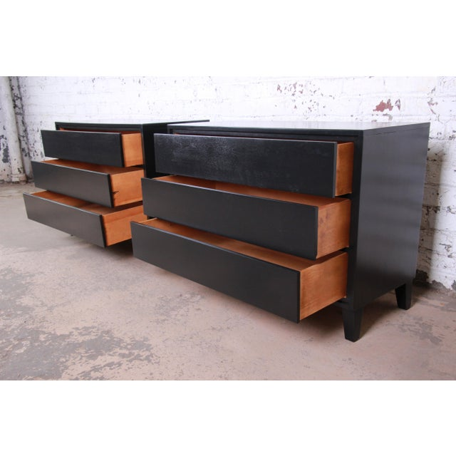 Wood Russel Wright for Conant Ball American Modern Ebonized Three-Drawer Bachelor Chests / Nightstands - a Pair For Sale - Image 7 of 9