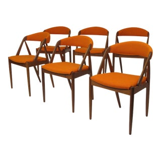 Kai Kristiansen Curved Back Dining Chairs in Orange Wool - Set of 6 For Sale