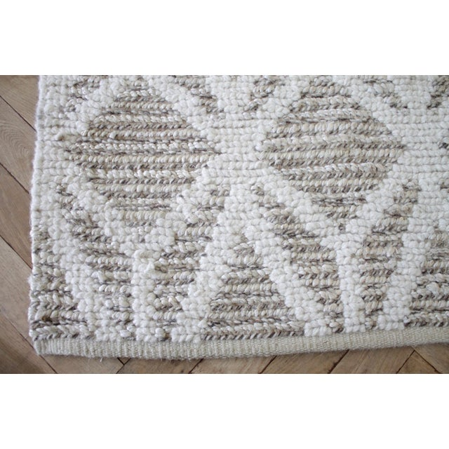 2010s New Modern Wool and Natural Fiber Rug For Sale - Image 5 of 10