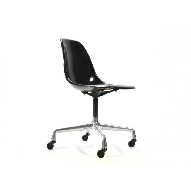Aluminum Eames PSC Fiberglass Side Chairs by Herman Miller, Set of 12 or More For Sale - Image 7 of 7