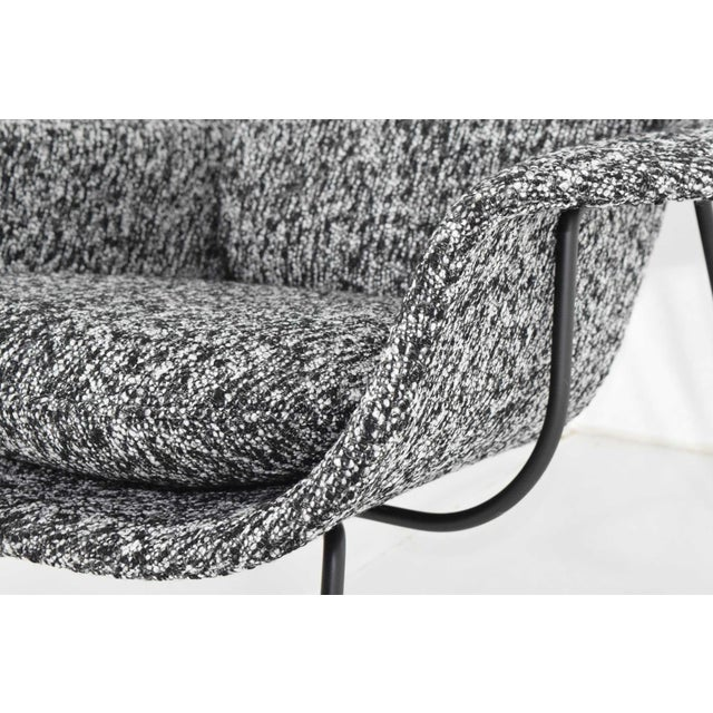 Knoll Eero Saarinen for Knoll Womb Chair and Ottoman For Sale - Image 4 of 12