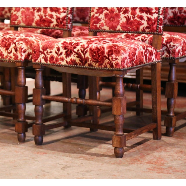 Early 20th Century French Louis XIII Carved Oak Walnut Dining Chairs-Set of Six For Sale - Image 4 of 9