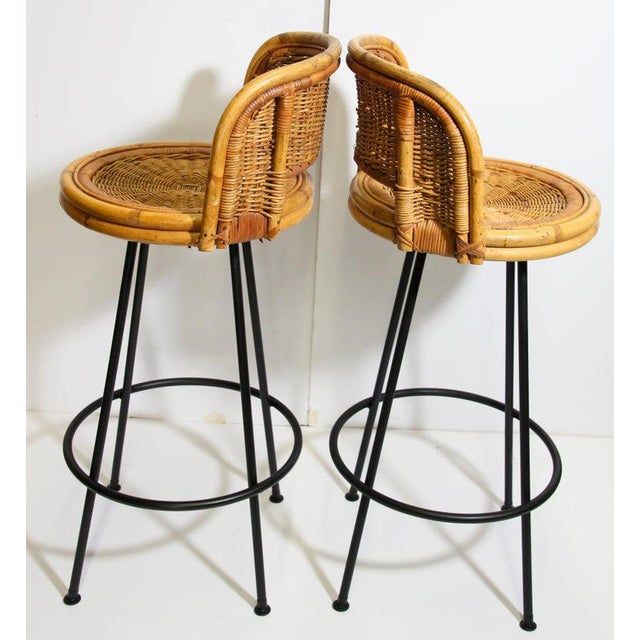 Vintage 1960s Swivel Woven Rattan Bar Stools - a Pair For Sale - Image 4 of 13