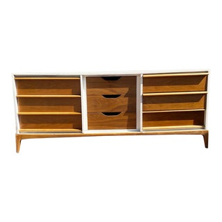 Vintage Mid-Century Modern Walnut and White Lacquered Dresser For Sale