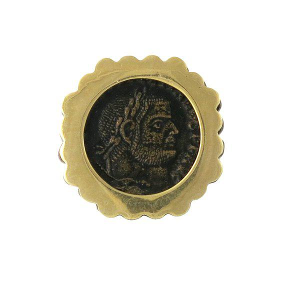 Vintage Gold & Silver Roman Coin Large Unisex Ring For Sale - Image 4 of 4