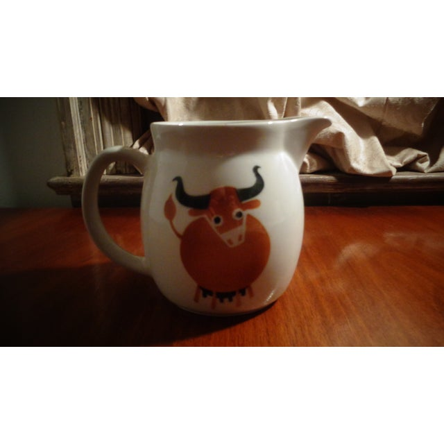 Farmhouse Arabia of Finland Mid-Century Longhorn Cow Pitcher For Sale - Image 3 of 4