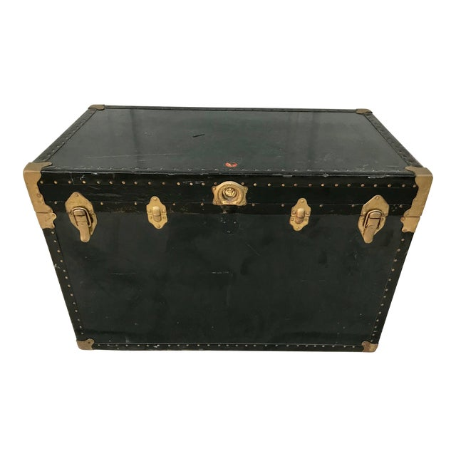 Early 20th Century XL Antique American Trunk For Sale