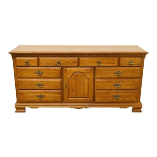 Late 20th Century Vintage Kincaid Furniture Hunter's Run Collection Dresser For Sale