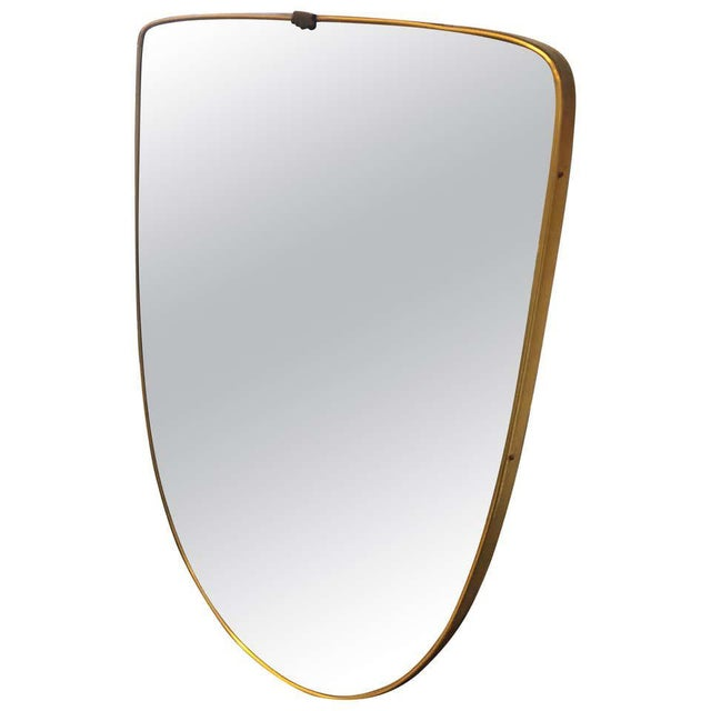 1950s Italian Mid-Century Modern Gio Ponti Style Brass Shield Wall Mirror For Sale - Image 10 of 10