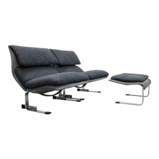 Pair of Italian Chrome Onda Wave Lounge Chairs by Giovanni Offredi for Saporiti