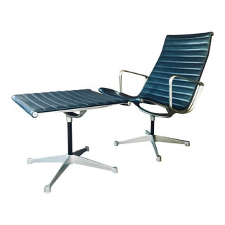 1960s Mid-Century Modern Eames Aluminum Group Lounge Chair and Ottoman - 2 Pieces For Sale