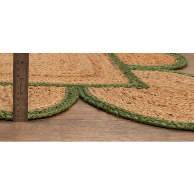 Textile 4'x6' Olive Green Scallop Jute Hand Made Rug For Sale - Image 7 of 10