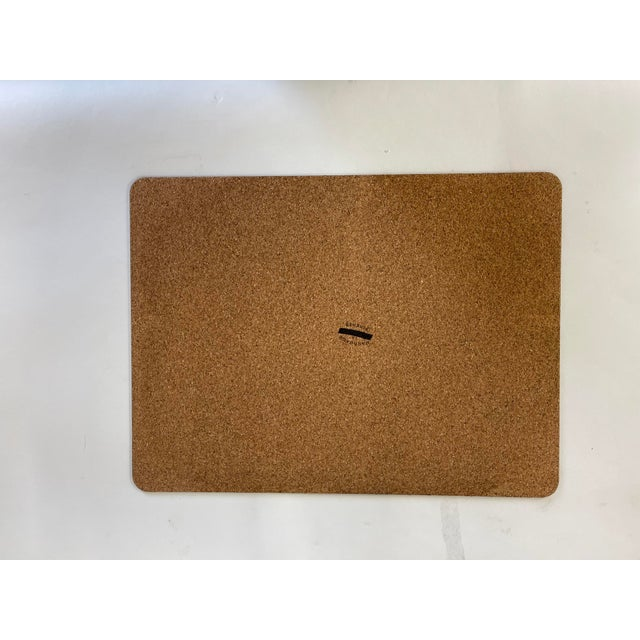 Rectangular placemat in wood fiber and back in natural cork . Non-Stain Handmade in Italy Material: Laminated top (fiber)...
