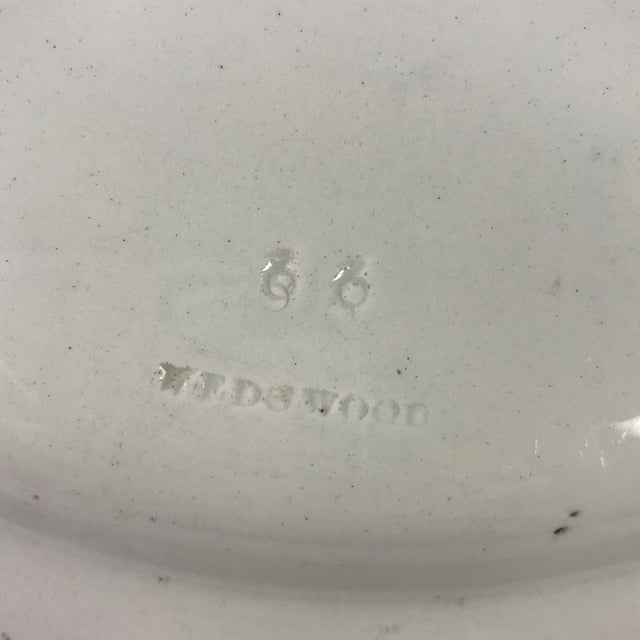 English 19th-C. Wedgwood Creamware Charger For Sale - Image 3 of 4