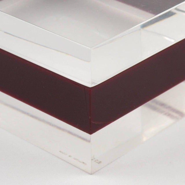 Red Dunhill England 1970s Mid-Century Bi-Color Lucite Box For Sale - Image 8 of 9
