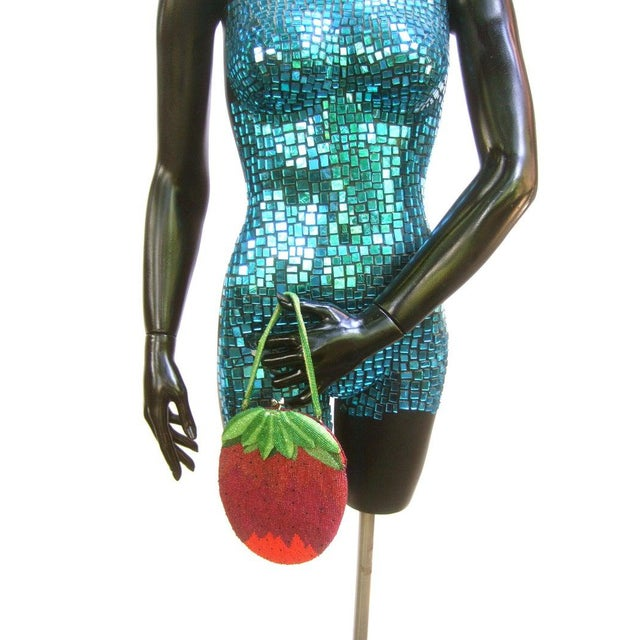1970s Glass Beaded Strawberry Evening Bag For Sale - Image 5 of 10