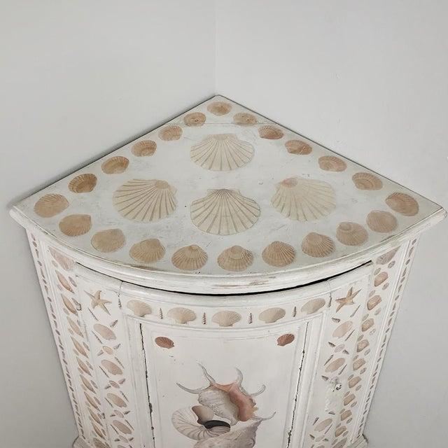 Gustavian (Swedish) 19th Century Swedish Painted Corner Cabinet For Sale - Image 3 of 13