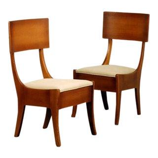 1910s Vintage Exceptional Arts & Crafts Oak Klismos Chairs- A Pair For Sale