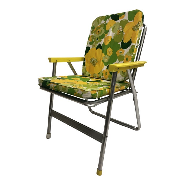 Vintage Mid Century Modern Folding Aluminum Lawn Chair
