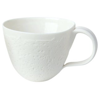 French Tea Cup in Graphik For Sale