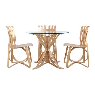 Frank Gehry Dining Table and Chairs by Knoll For Sale