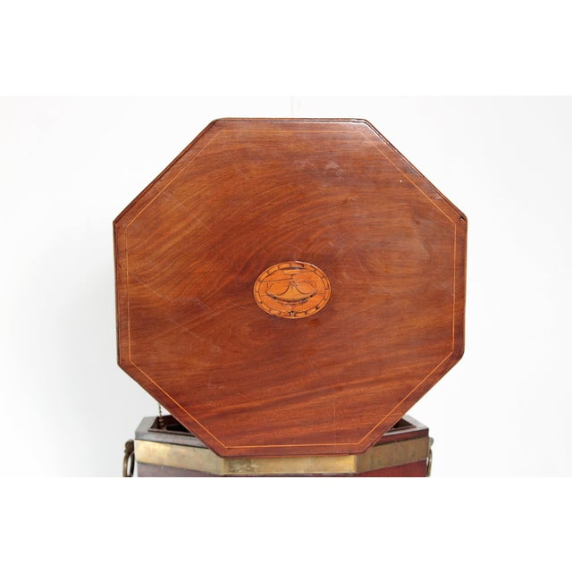 George III Mahogany and Brass Cellarette For Sale - Image 10 of 13