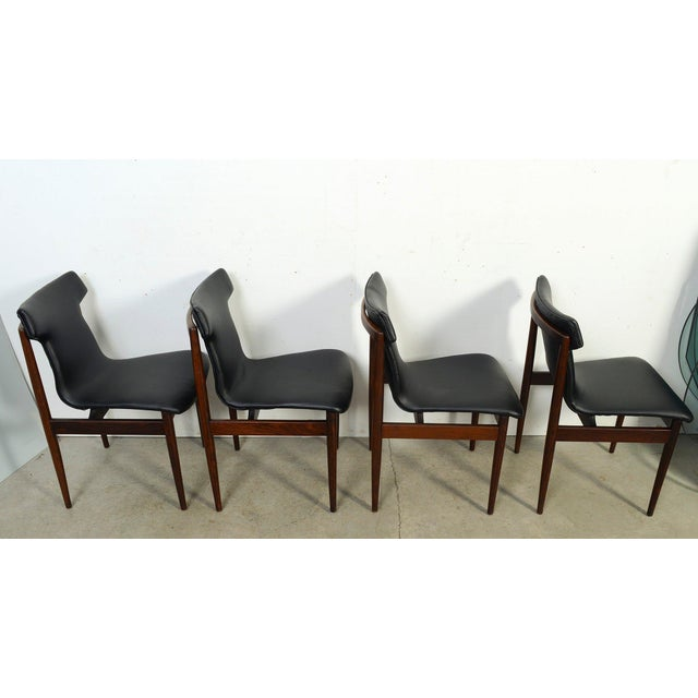 Fristho 1960s Vintage Klingenberg for Fristho Danish Modern Rosewood Dining Chairs- Set of 4 For Sale - Image 4 of 10