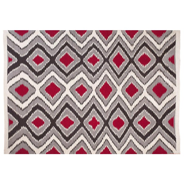 Gray & Black Navajo Style Wool Rug - 6′ × 9′ For Sale