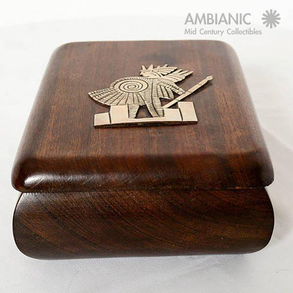 Mahogany With Silver Emblem Jewelry Box For Sale - Image 4 of 10