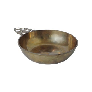 Brass Porringer or Valet Dish With Handle For Sale