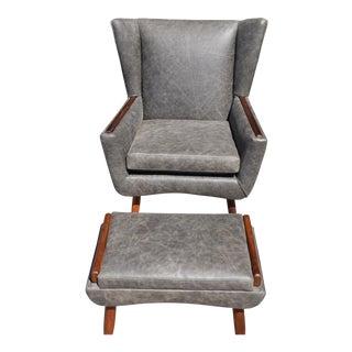Vintage Mid-Century Modern Leather Lounge Chair & Ottoman