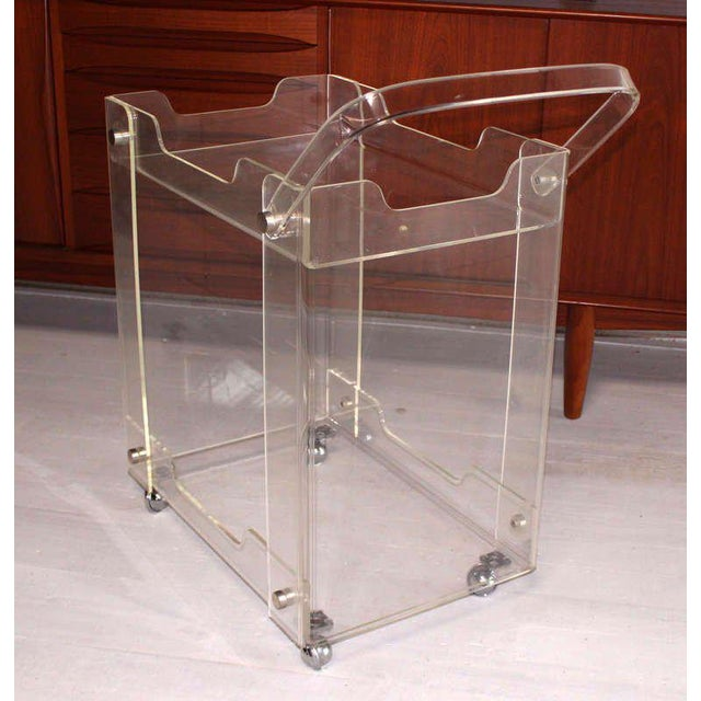 Bent Lucite Mid-Century Modern Tea Cart For Sale - Image 4 of 7