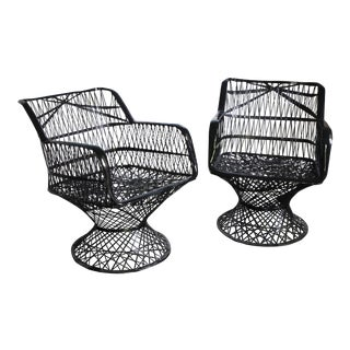 Vintage Russell Woodard Spun Fiberglass Chairs - a Pair For Sale