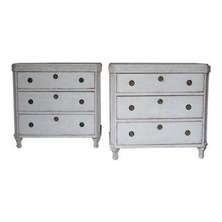 19th Century Swedish Gustavian Style Pair of Painted Bedside Chests