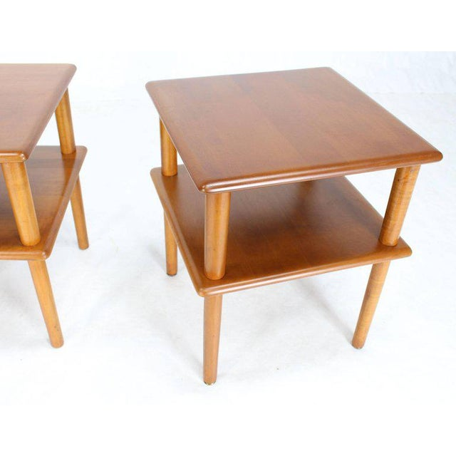 Mid-Century Modern Pair of Square Solid Maple Two-Tier End Side Tables For Sale - Image 3 of 7