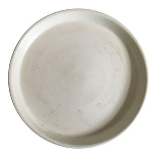 """Gainey Ceramics White 10"""" Saucer Drain Plate Tray For Sale"""