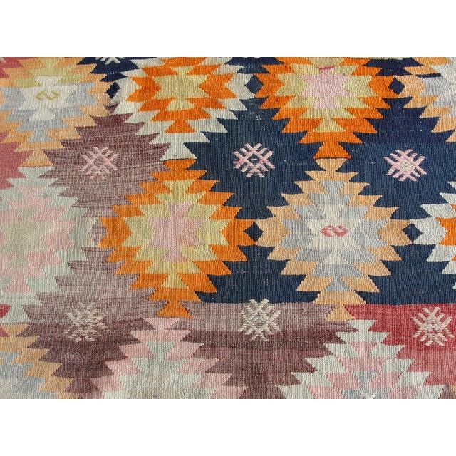 """Mister Pillow Vintage Kilim Rug - 5'7"""" × 9'10"""" For Sale - Image 4 of 6"""