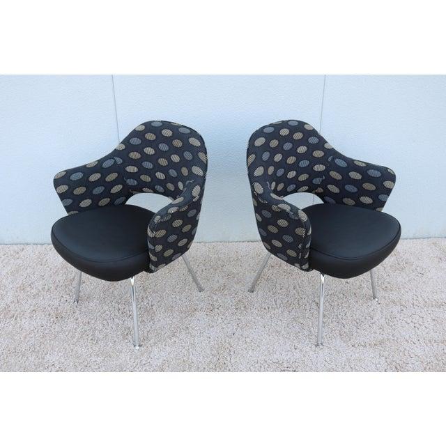Knoll 1950sMid-Century Modern Knoll Eero Saarinen Executive Arm Chairs - a Pair For Sale - Image 4 of 13