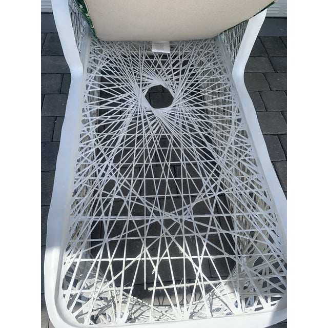 Mid 20th Century Vintage Russell Woodard Spun Fiberglass Chaise Lounge Chair For Sale - Image 5 of 13