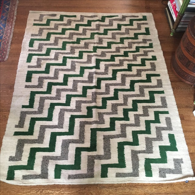 Green & White Wool Flat-Weave Rug - 4′3″ × 5′6″ - Image 2 of 6