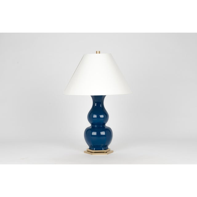 Contemporary Christopher Spitzmiller Collection Sebastian Lamp in Midnight Blue / Polished Brass For Sale - Image 3 of 3