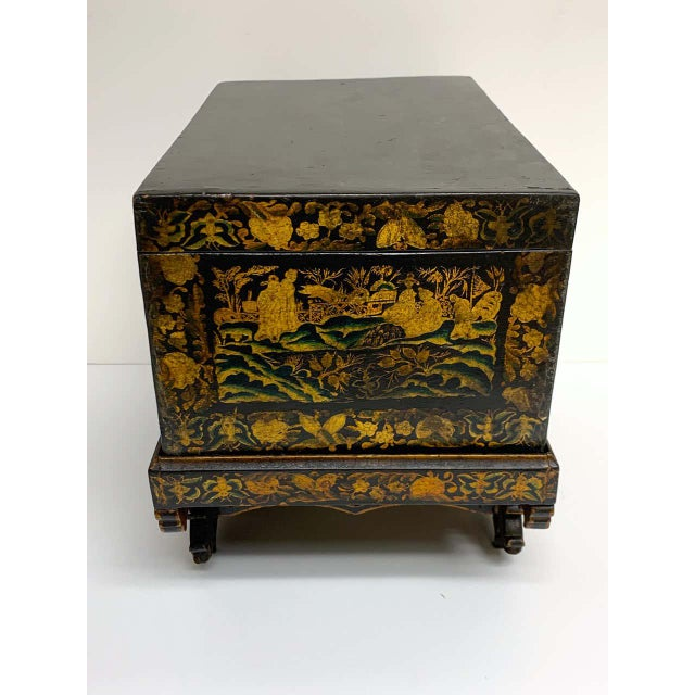 Chinese Export Lacquer Box & Stand, Circa 1820 For Sale - Image 9 of 13