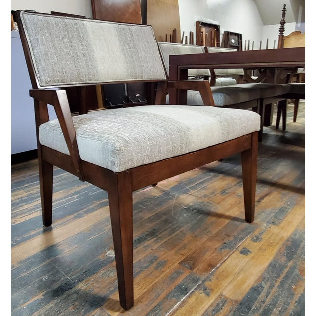 2010s Henredon Furniture Venue Walnut Mid-Century Modern Dining Table & Chair Set For Sale - Image 5 of 12