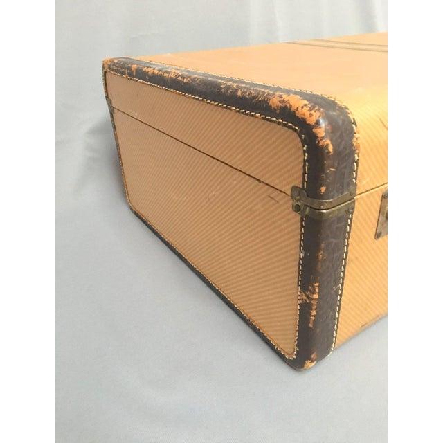 Large Vintage Herringbone Stripe Suitcase With Bakelite Handle For Sale - Image 4 of 11