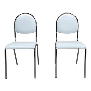 Pair of Contemporary Mid Century Chrome White Vintage Retro Kitchen Side Chairs For Sale