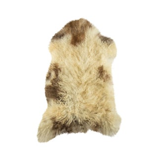 "Contemporary Handmade Wool Sheepskin Pelt - 2'1""x3'3"" For Sale"