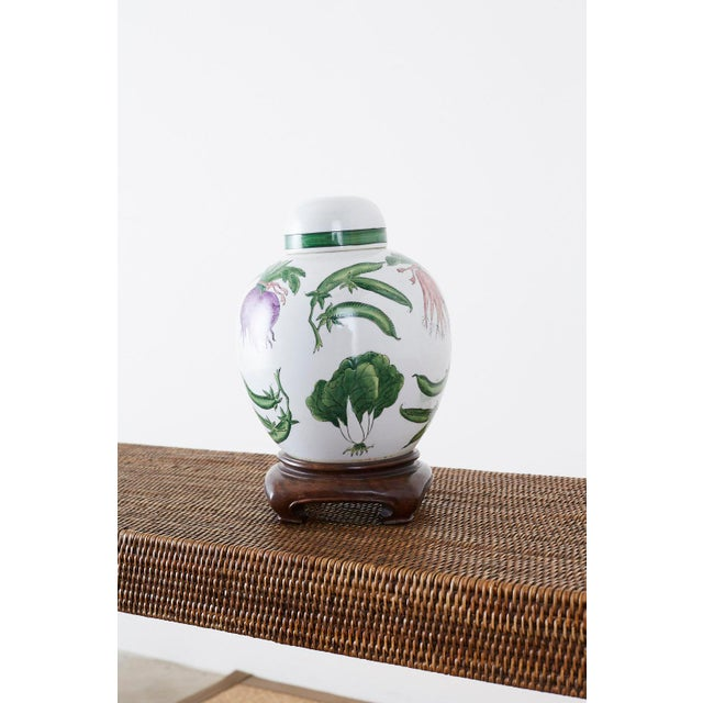 Ceramic Chinese Export Porcelain Lidded Ginger Jar on Stand For Sale - Image 7 of 13