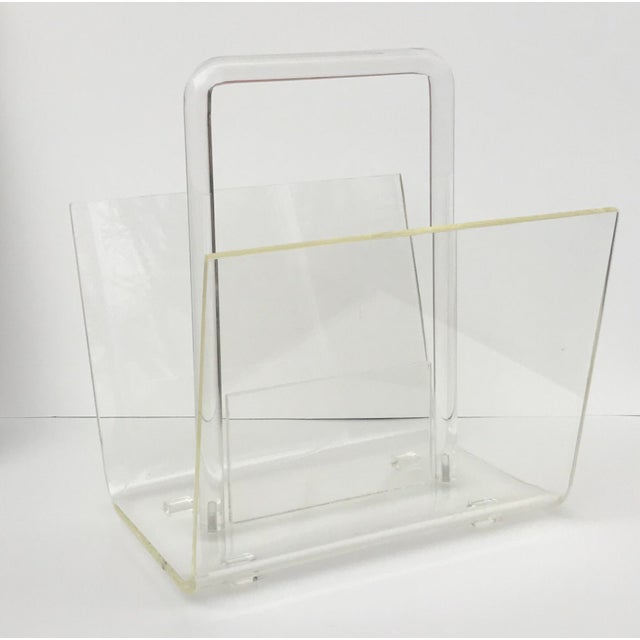 Mid 20th Century 1970s Mid-Century Modern Lucite Magazine Rack For Sale - Image 5 of 5