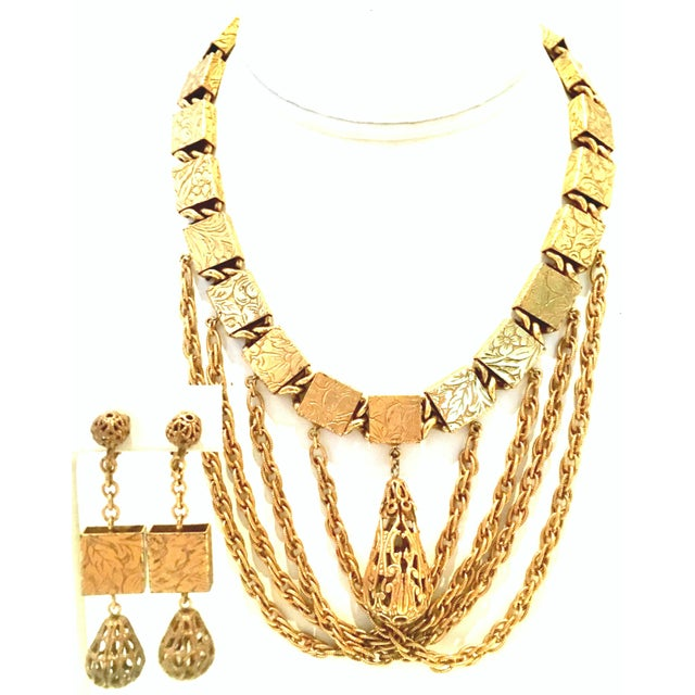 20th Century Art Nouveau Gold Book Chain Choker Style Necklace & Earrings - Set of 3 For Sale - Image 13 of 13